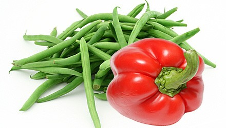 Green bean and red pepper sauté