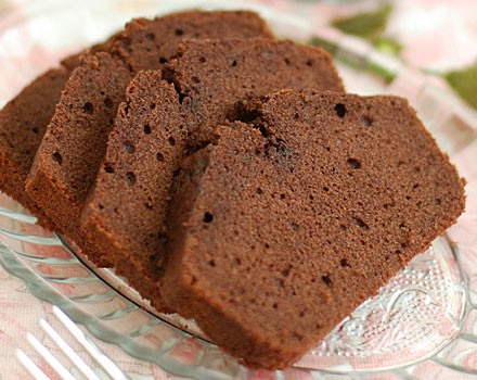 Chocolate applesauce cake