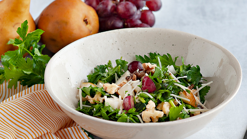 Parsley, pear, and walnut salad