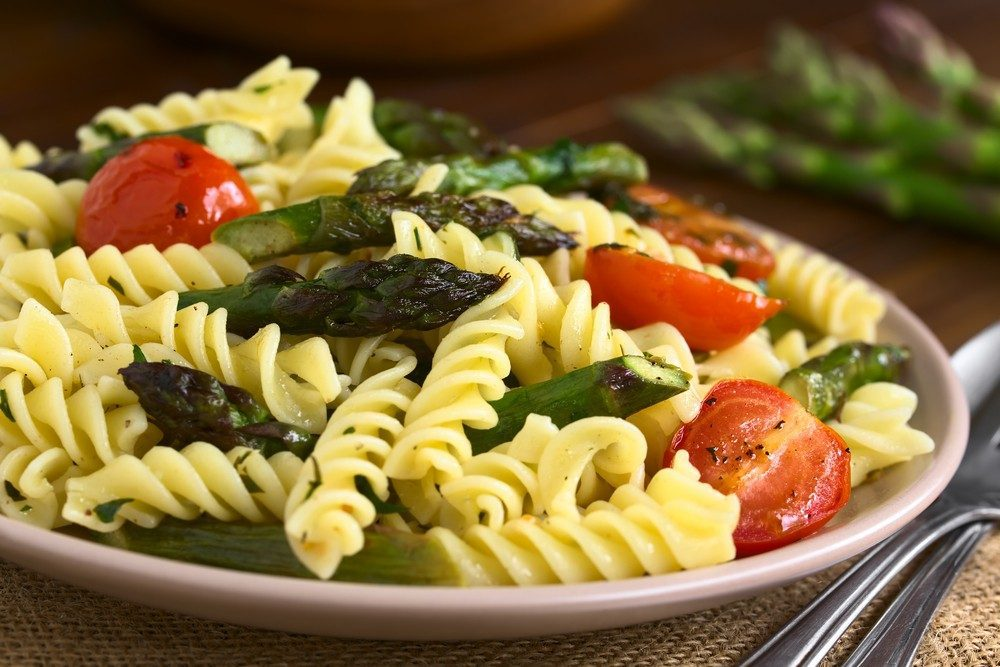 Whole-Grain Rotini with Asparagus and Chicken