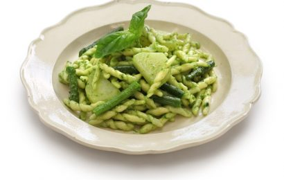 Green Bean, Walnut, and Blue Cheese Pasta Salad