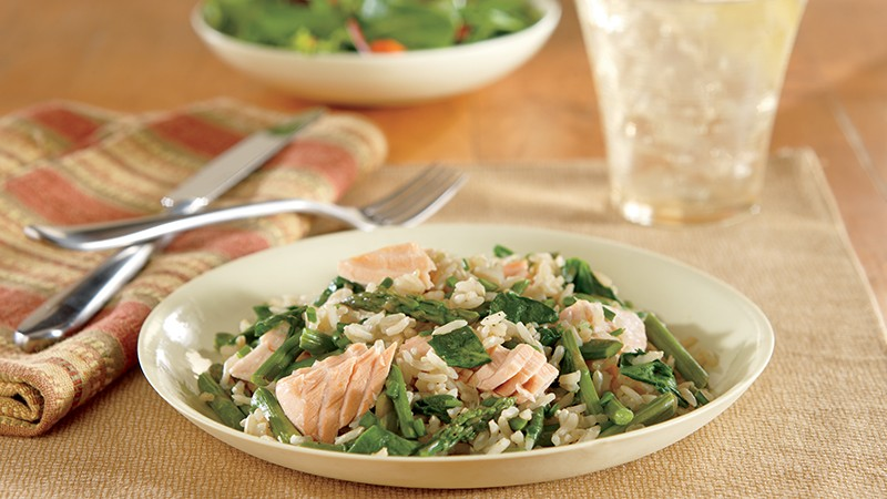 Salmon with Brown Rice and Vegetables
