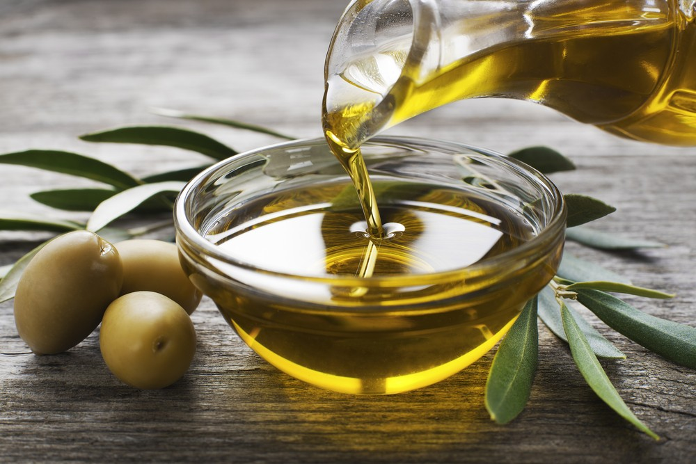 Olive Oil Linked to Lower Blood Sugar After Meals
