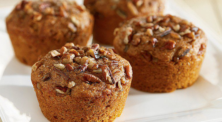 Cinnamon Sugared Pumpkin-Pecan Muffins