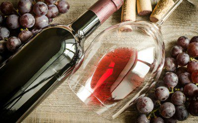 Daily Glass of Wine May Improve Type 2 Diabetes Control