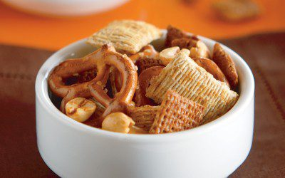Sweet & Spicy Whole Grain Snack Mix