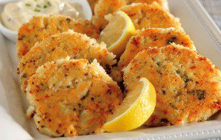 Southern Crab Cakes with Rémoulade Dipping Sauce