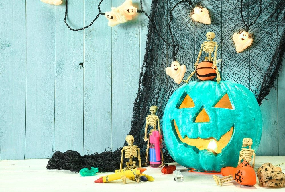 The Teal Pumpkin Project for Kids With Diabetes and Food Allergies