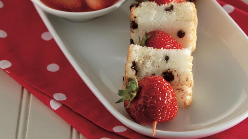 Chocolate Chip Angel Food Cake Kabobs with Strawberry Sauce