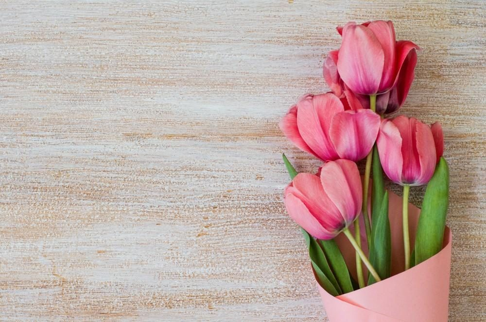 10 Mother's Day Gift Ideas That Aren't Just Sugar-Free Chocolates