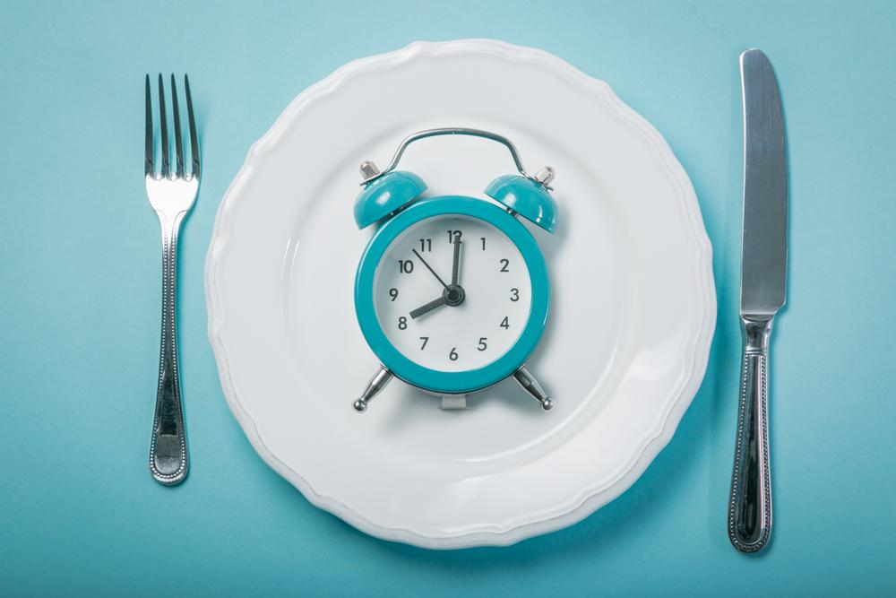 Intermittent Fasting May Improve Blood Sugar Without Weight Loss: Study