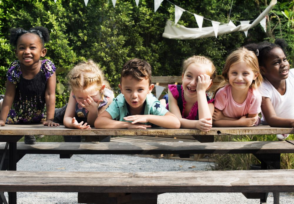 A group of smiling kids -- Parenting Kids With Diabetes