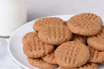 Splenda® Four Ingredient Peanut Butter Cookies