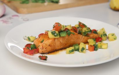 Salmon With Cilantro-Lime Salsa