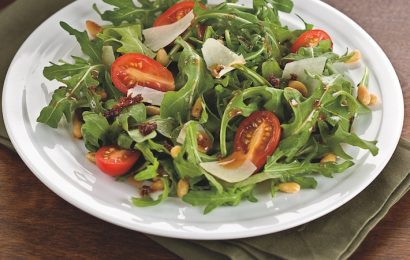 Arugula Salad With Sun-Dried Tomato Vinaigrette