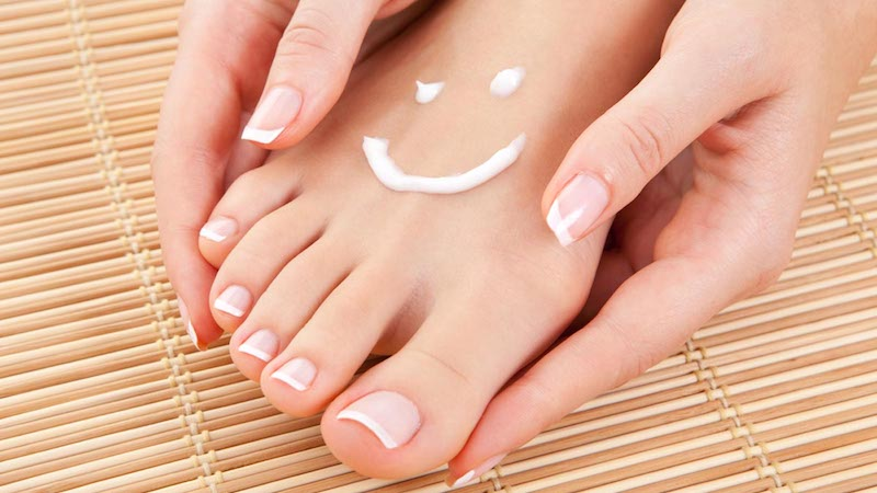 Social Deprivation Linked to Foot Complications in Type 2