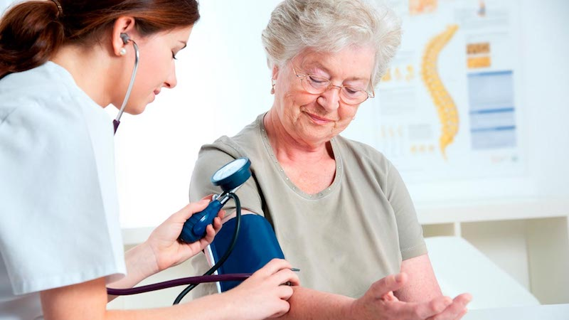 Blood Pressure Affects Dementia Risk for Men and Women Differently