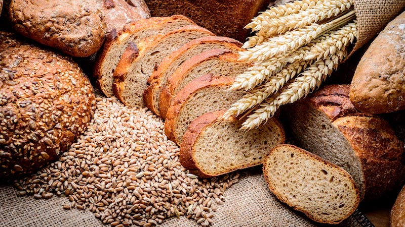 Whole-Grain Consumption Linked to Lower Waist Size, Blood Pressure, and Glucose in Older Adults