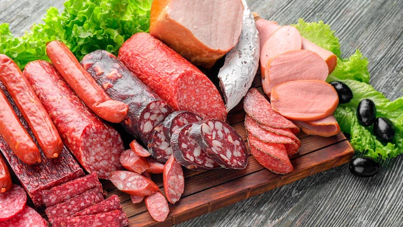 Red and Processed Meat Consumption Linked to Increased Heart Disease Risk