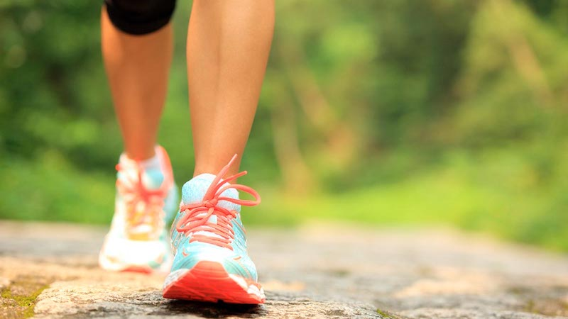 Taking At Least 7,000 Steps Per Day May Reduce Death Risk in Middle Age
